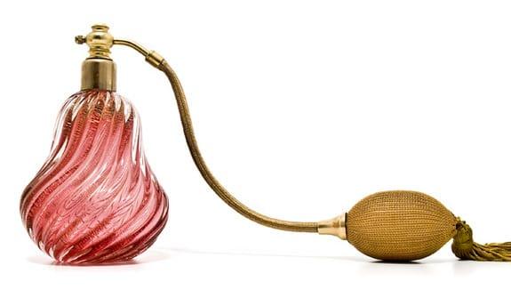 gatilho de cefaleia perfume e armoas
