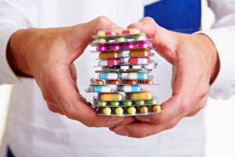 uso excessivo de analgesicos e triptano pode levar a cefaleias e enxaquecas