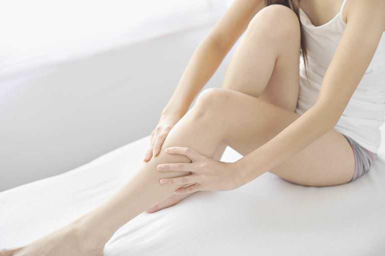 Que o que faz pernas com formigem suas