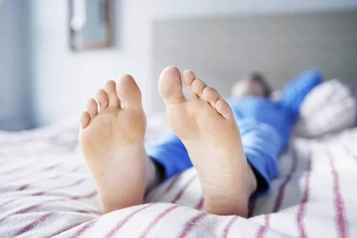 Pernas durante a acalmar inquietas gravidez as