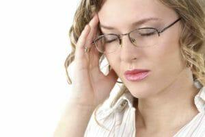 Enxaqueca: O que é, sintomas, causas, tratamentos.