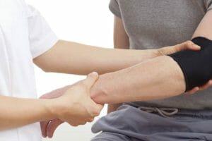 Dor no cotovelo: Epicondilite lateral